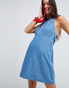 Голубое джинсовое платье мини с завязкой на шее ASOS DESIGN - Синий