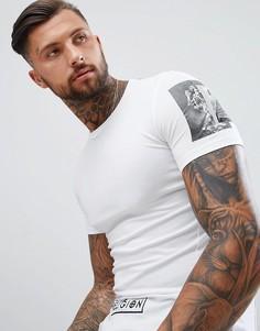 Белая облегающая футболка с принтом на рукавах Religion - Белый