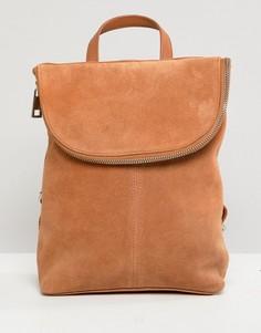 Маленький замшевый рюкзак ASOS DESIGN - Рыжий