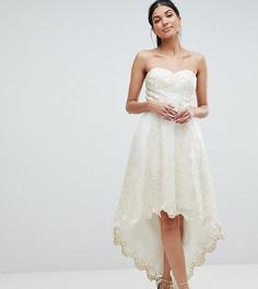 Кружевное платье для выпускного Chi Chi London Tall - Кремовый