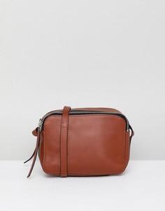 Кожаная сумка для фотоаппарата через плечо ASOS DESIGN - Рыжий