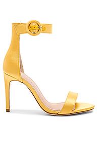 Туфли на каблуке с открытым носком kinglsey - RAYE
