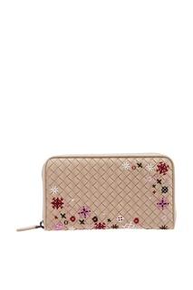 Плетеный бежевый кошелек с вышивкой Bottega Veneta
