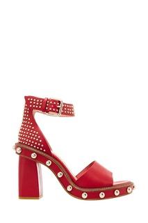 Красные босоножки с золотистыми заклепками RED Valentino