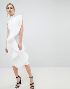 Платье миди с высоким воротом и оборками Lavish Alice - Белый