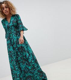 Свободное платье макси с рукавами клеш и тропическим принтом Glamorous Petite - Мульти