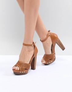 Туфли на каблуке с заклепками Miss Selfridge - Рыжий