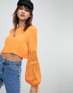 Кроп-топ со вставками из кроше на рукавах Vero Moda - Оранжевый