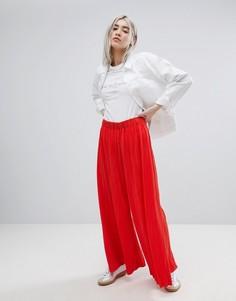 Плиссированные брюки с широкими штанинами Weekday - Красный