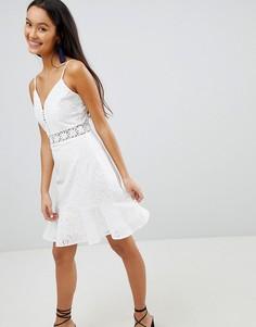 Платье на бретелях с вышивкой ришелье и оборкой по краю Parisian - Белый