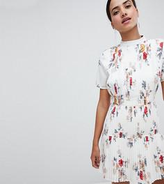Короткое приталенное платье с плиссировкой и цветочным принтом Boohoo - Белый