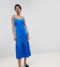 Атласное платье-комбинация миди с баской ASOS DESIGN Tall - Синий