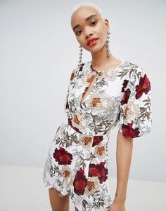 Платье мини с вырезом капелькой и цветочным принтом Boohoo - Мульти