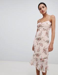 Платье миди с цветочным принтом и баской Boohoo - Мульти