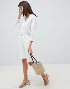 Белые длинные джинсовые шорты с завышенной талией ASOS DESIGN - Белый