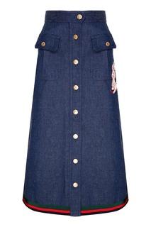 Джинсовая юбка-миди с нашивкой Gucci