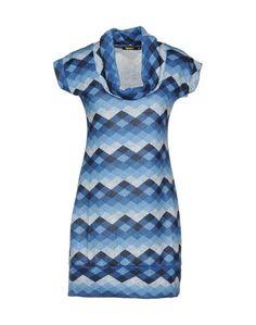 Короткое платье Mamta