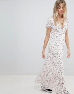 Чайное платье макси с винтажным цветочным принтом Emory Park - Кремовый