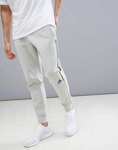 Бежевые брюки adidas ZNE Striker CW0140 - Бежевый