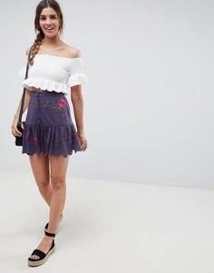 Мини-юбка на пуговицах с вышивкой и оборкой по краю ASOS DESIGN - Синий
