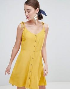 Короткое приталенное платье на пуговицах New Look - Желтый