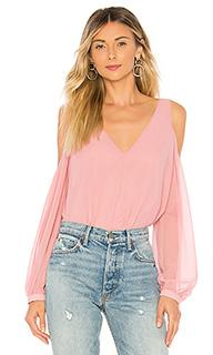 Блуза с открытыми плечами v neck - LAcademie