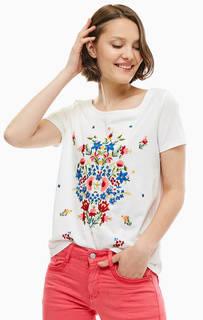 Белая футболка с цветочной вышивкой S.Oliver