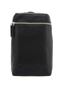 Черный рюкзак с объемным логотипом Calvin Klein