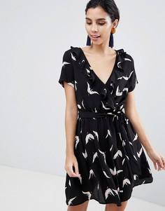 Платье с запахом и принтом птиц Liquorish - Черный