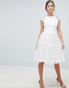 Кружевное платье миди Chi Chi London - Белый