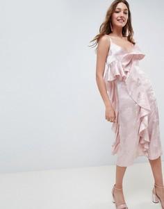 Жаккардовое платье миди с оборкой ASOS DESIGN - Розовый