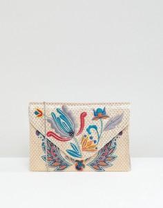b163aab4e98c Клатчи с вышивкой - купить в интернет-магазинах - каталог LOOKBUCK