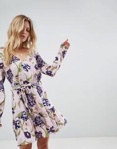Платье с запахом и цветочным принтом Minkpink - Мульти