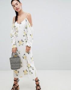 Платье макси с открытыми плечами и цветочным принтом Nobodys Child - Белый