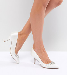 Остроносые туфли на каблуке с декоративной отделкой QUPID - Кремовый