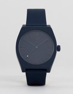 Часы с темно-синим силиконовым ремешком Adidas Z10 Process - Темно-синий