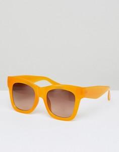 Большие солнцезащитные очки кошачий глаз Weekday - Желтый
