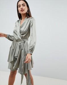 Короткое приталенное платье с запахом Club L - Зеленый