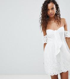 Платье с открытыми плечами, вышивкой ришелье и бантом Parisian Petite - Белый