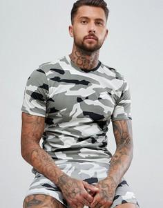 Серая футболка с камуфляжным принтом Nike AJ6631-133 - Серый