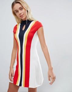 Приталенное расклешенное платье в стиле 60-х Urban Bliss - Мульти