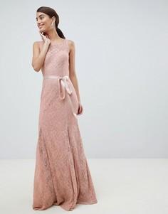 Кружевное платье макси с атласным поясом City Goddess - Розовый