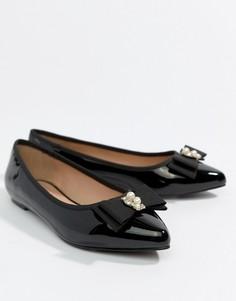 Туфли на плоской подошве с острым носком и бантиками Miss KG - Черный