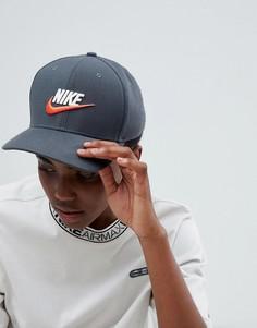 Серая кепка с логотипом Nike Archive - Черный