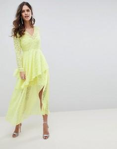 Жаккардовое платье макси с V-образным вырезом и оборками ASOS DESIGN - Желтый