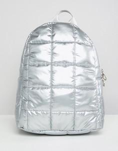 Стеганый рюкзак с эффектом металлик ASOS DESIGN - Серебряный