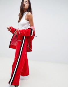 Велюровые широкие спортивные брюки с полосками сбоку Criminal Damage - Красный