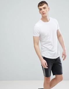 Белая длинная обтягивающая футболка с закругленным краем Esprit - Белый