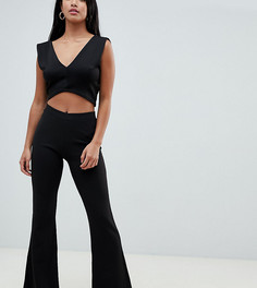 Расклешенные брюки из трикотажного крепа ASOS DESIGN Petite - Черный