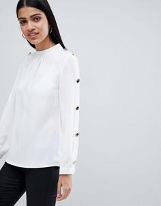 Шифоновая блузка с золотистыми пуговицами Club L - Белый